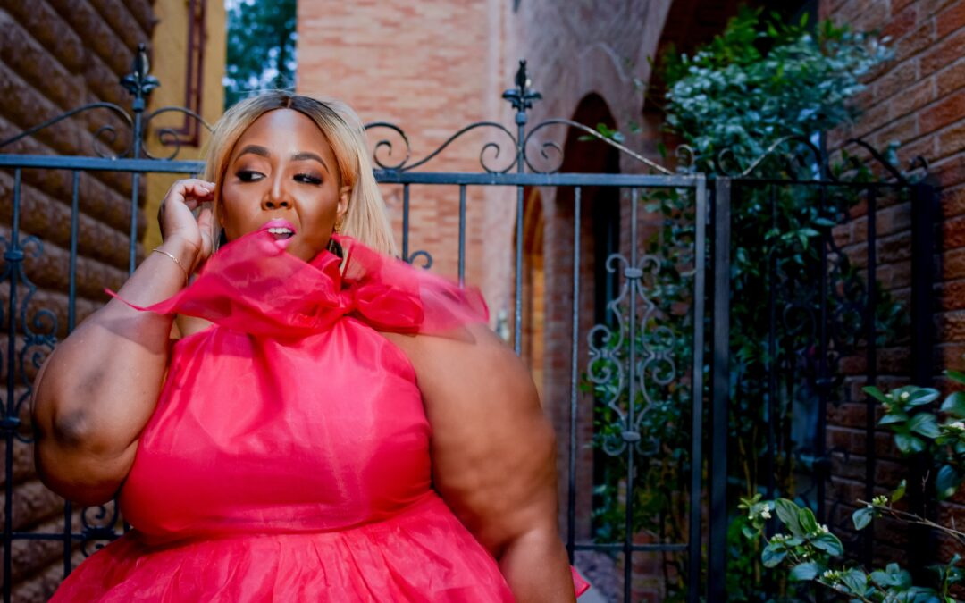 Pink & Leather: Plus Size Date Valentine's Day Looks